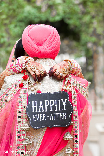 Bride and groom outdoor photography in Sacramento, CA, Sikh Wedding by JSK Photography