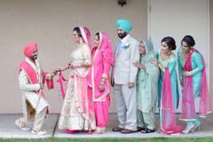 indian wedding portrait,indian family portrait,sikh family portrait,sikh family wedding portrait