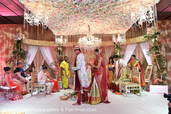 indian wedding mandap,indian wedding man dap,indian wedding design,outdoor indian wedding decor,indian wedding ceremony,indian wedding ceremony d?cor,floral mandap decor,pheras