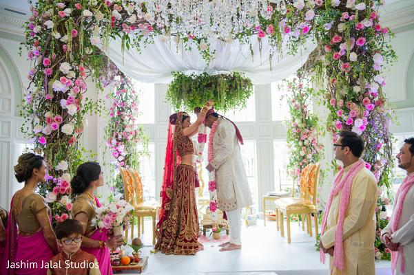 indian wedding,indian wedding portraits,south asian wedding portraits,indian bride,indian bride and groom wedding day portrait,indian wedding ceremony venue,indian wedding venue