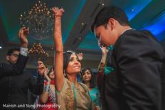 indian wedding reception,indian wedding portraits,indian wedding portrait,south asian wedding reception portraits,indian bride,indian bride and groom reception day portrait,fusion reception portrait,indian bride and groom at fusion wedding reception
