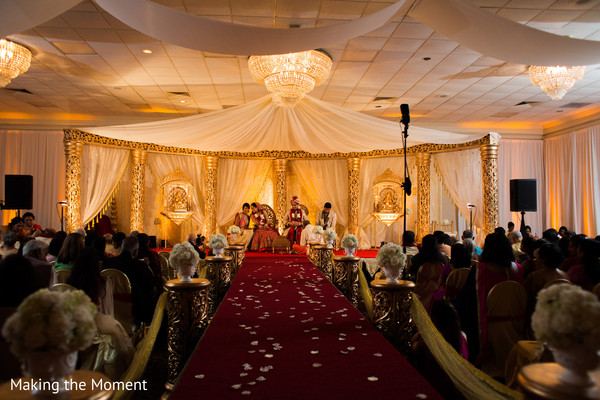 outdoor indian wedding decor,indian wedding man dap,indian wedding ceremony floral and decor