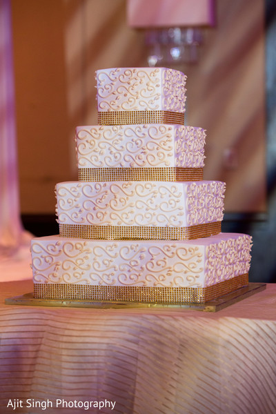 indian wedding cakes,square tiered cake