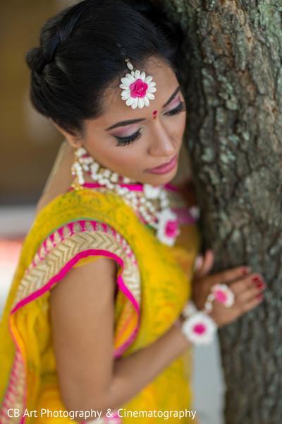 Vidhi and Saatak bridal portrait