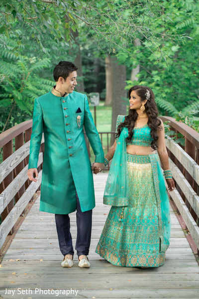 matching wedding outfits,indian sari