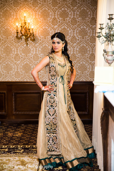 indian bride reception fashion,indian bridal fashions,indian bride hair and makeup
