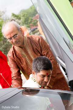 indian groom,indian family,indian wedding ceremony