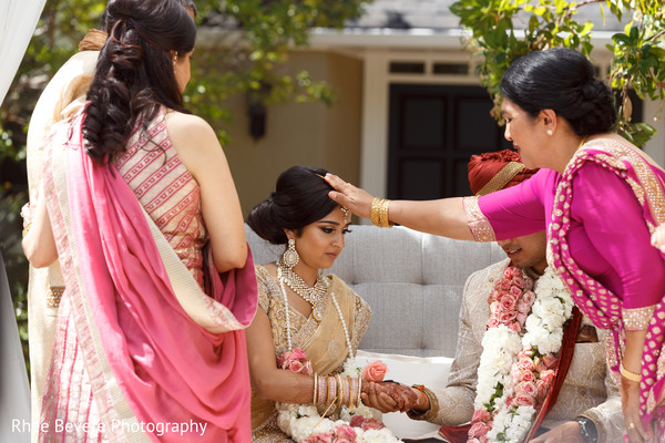 Maharani receiving blessing