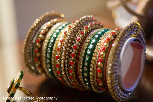indian bridal bangles,indian bridal jewelry