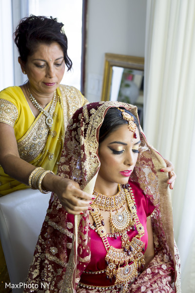 indian bride makeup,indian bride getting ready,indian bridal fashions