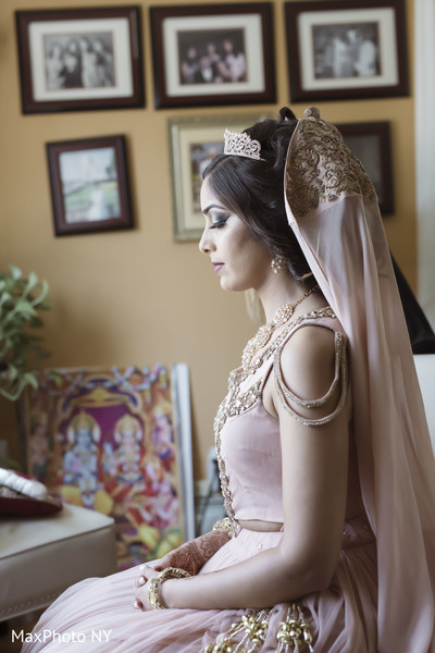 indian bride,indian bride getting ready,indian bride makeup,indian bridal hair accessories