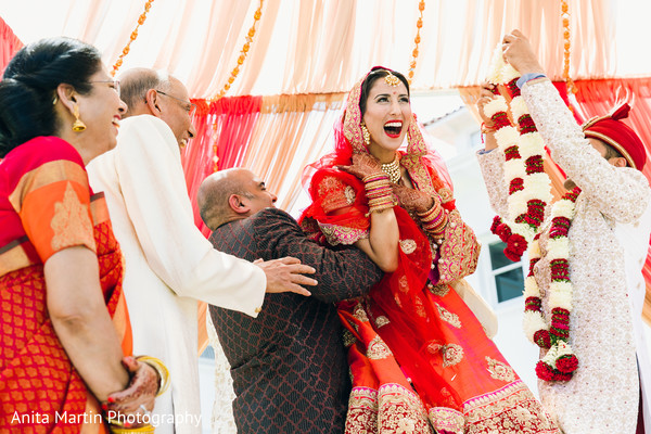 jaimala,indian wedding traditions