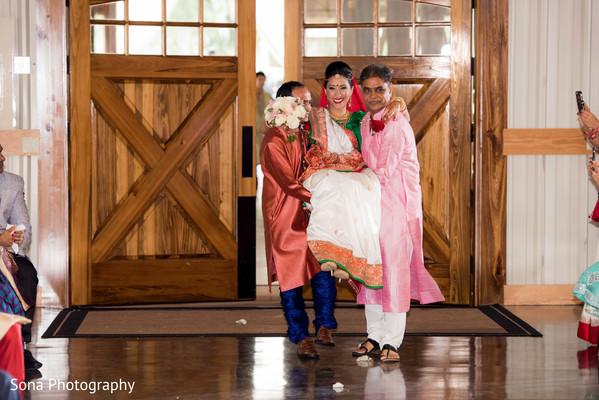 indian bride ceremony fashion,indian wedding ceremony