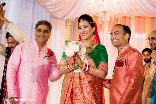 indian wedding ceremony,indian bride,indian bridal bouquet