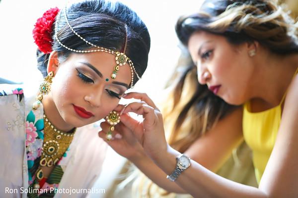 indian bride accessories,indian bride makeup,indian bride getting ready,indian bride