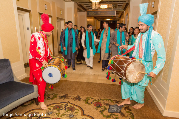 indian groom,indian groom entrance with dhol,dhol entrance