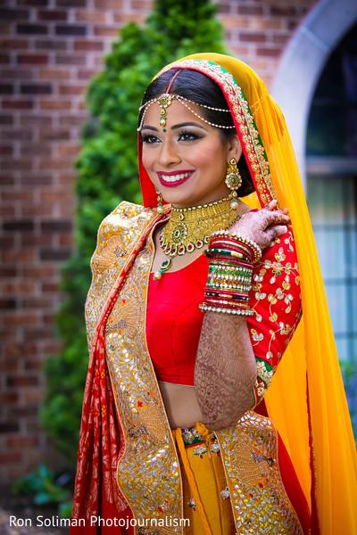 indian bride,indian bride ceremony fashion,indian bride makeup