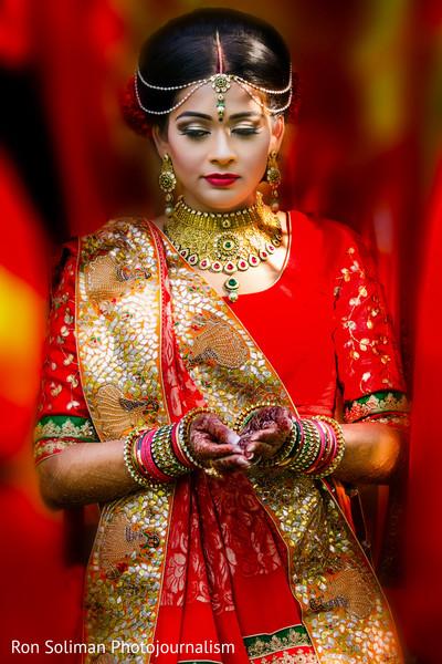 indian bride makeup,indian bride,indian bride ceremony fashion