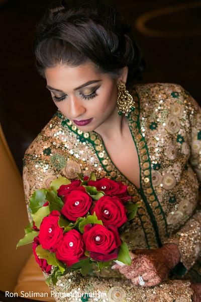 indian bridal bouquet,indian bride,indian bride makeup