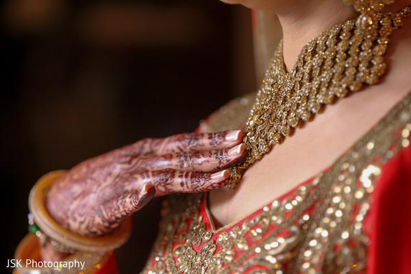 kundan,indian wedding mehndi,indian wedding design