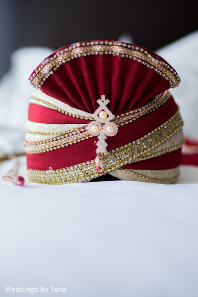 Beautiful red wedding turban.