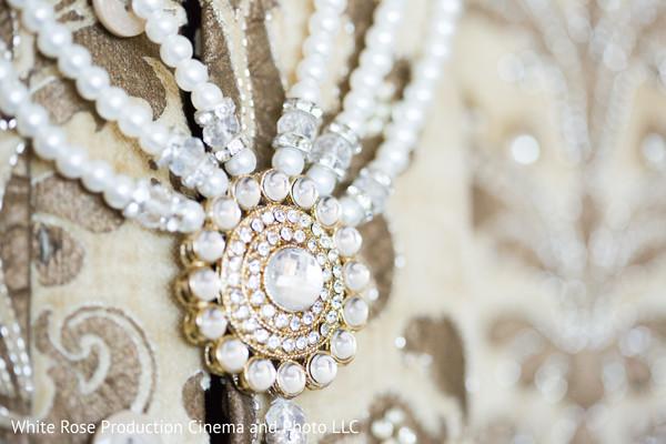 haar,groom jewelry