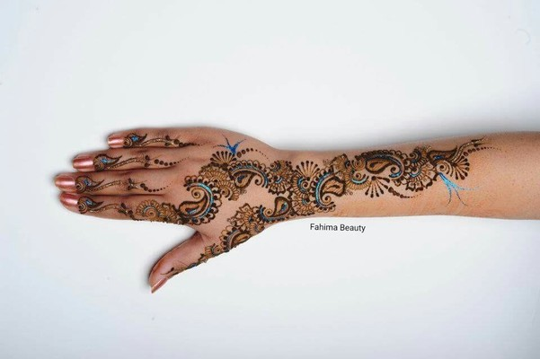 Bridal Mehendi On Hands