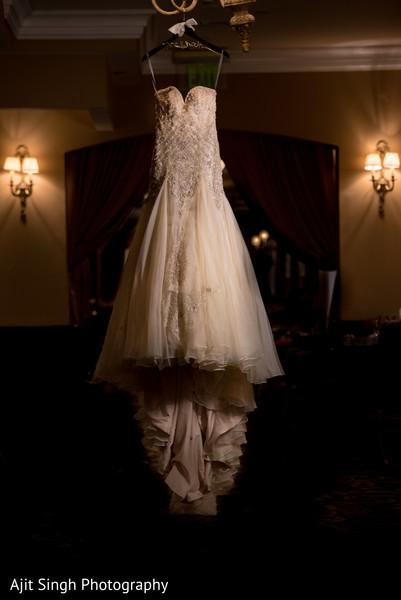 indian wedding dress,indian bride ceremony fashion