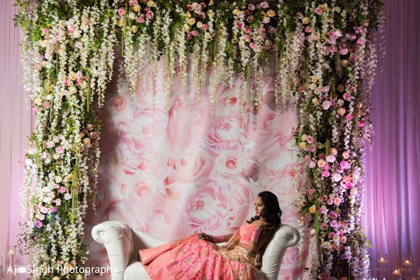 reception stage,indian wedding reception,indian wedding planning and design