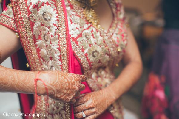 Bridal dupatta draping style.