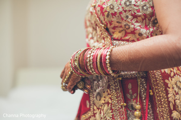 Beautiful shot of maharani's bridal bangles.