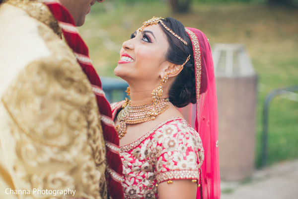 indian bride and groom,indian wedding photography