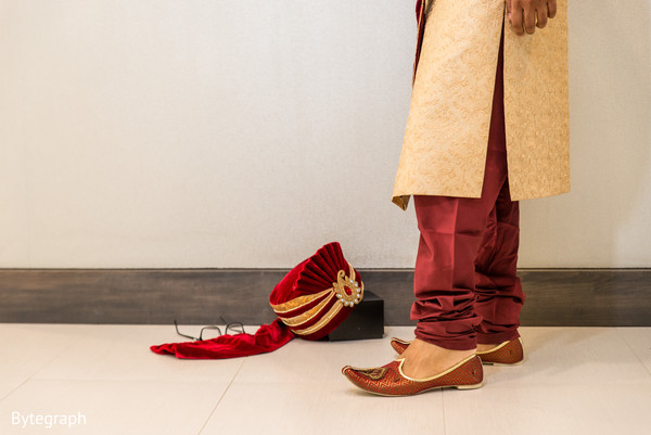 indian wedding shoes,indian groom sherwani,indian wedding outfits