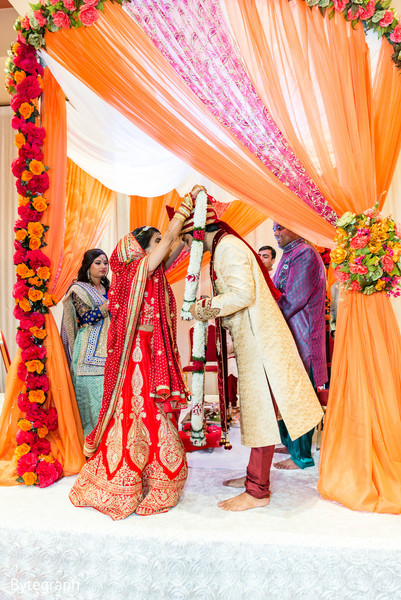 indian wedding ceremony,indian wedding ceremony floral and decor,indian bridal fashions