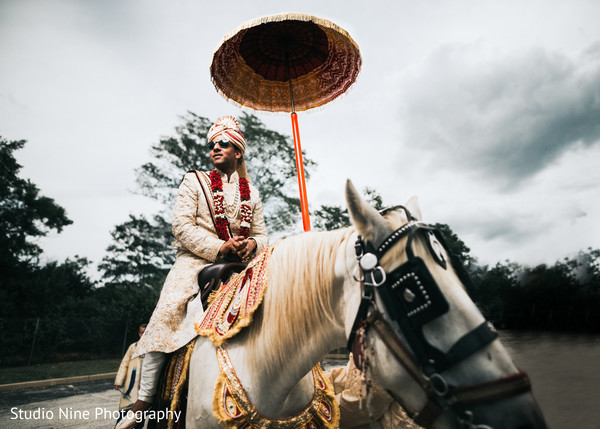 indian wedding baraat,indian groom