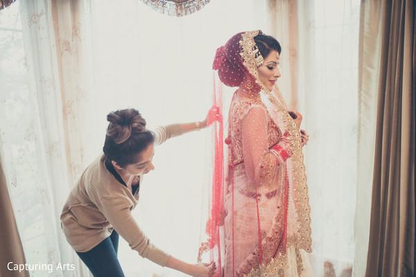indian bridal lengha,dupatta,indian bride getting ready