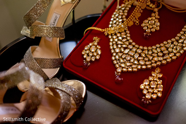 indian wedding shoes,indian bride accessories