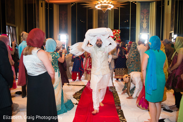 Final moments sikh indian wedding ceremony.
