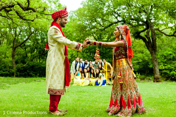 indian bride ceremony fashion,indian bridesmaids' fashion,indian groomsmen fashion