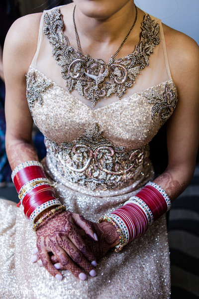 indian bridal fashions,bride bangles,indian bridal jewelry