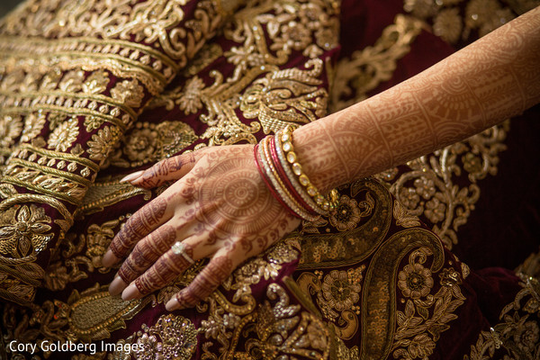 indian bride,indian engagement ring,indian bridal mehndi