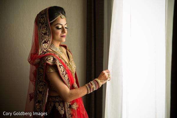 indian bride,ceremony fashion,indian bride makeup