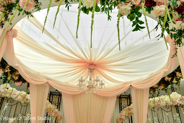flower mandar,indian wedding floral and decor,floral inspiration