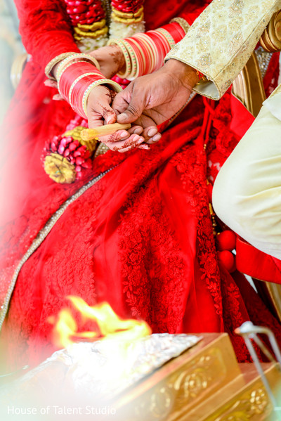 indian wedding,indian wedding traditions