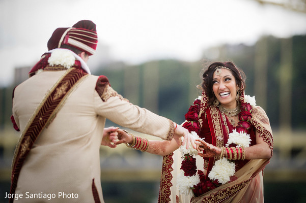 indian bridal jewelry,bridal tikka,bride bangles