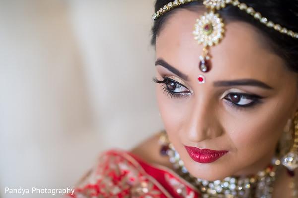 indian bride,indian bridal hair and makeup,indian wedding portrait