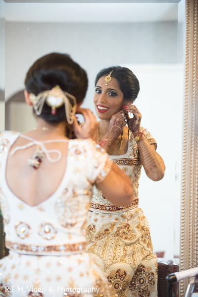indian bride makeup,indian bride getting ready