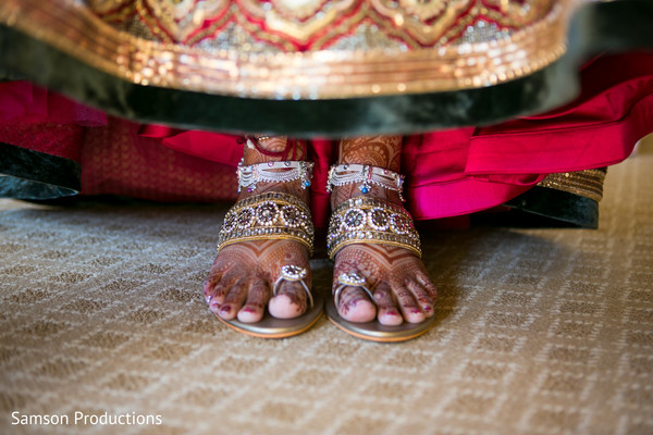 indian wedding shoes,indian bridal mehndi,indian bridal jewelry