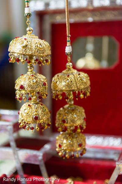 Beautiful gold kaleera.
