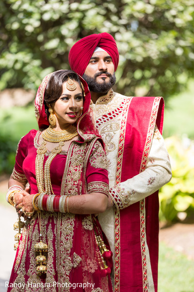 indian bride and groom,ceremony fashion